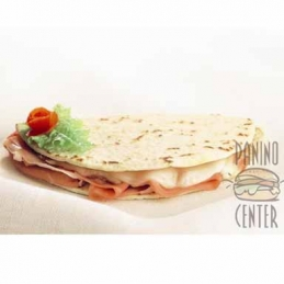 Maxi Piadina with cooked...