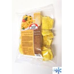 Ravioli with gray cheese...