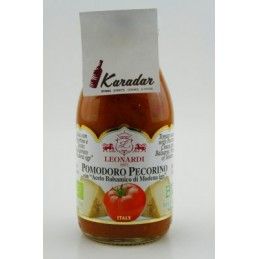Tom. Sauce Pecorino with...