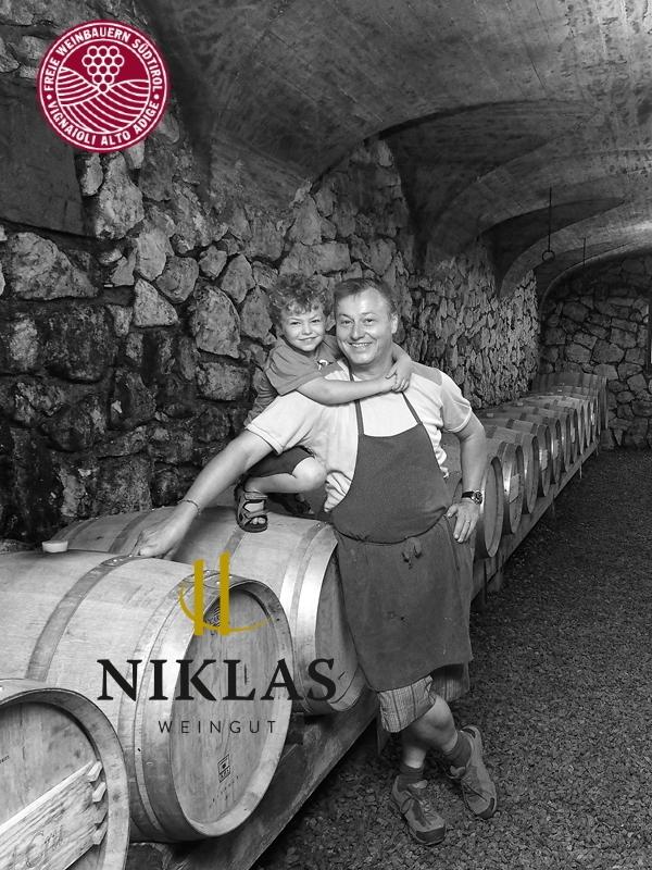 Niklas Distillery